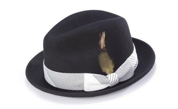 montique-h-1753-matching-hat-black-white